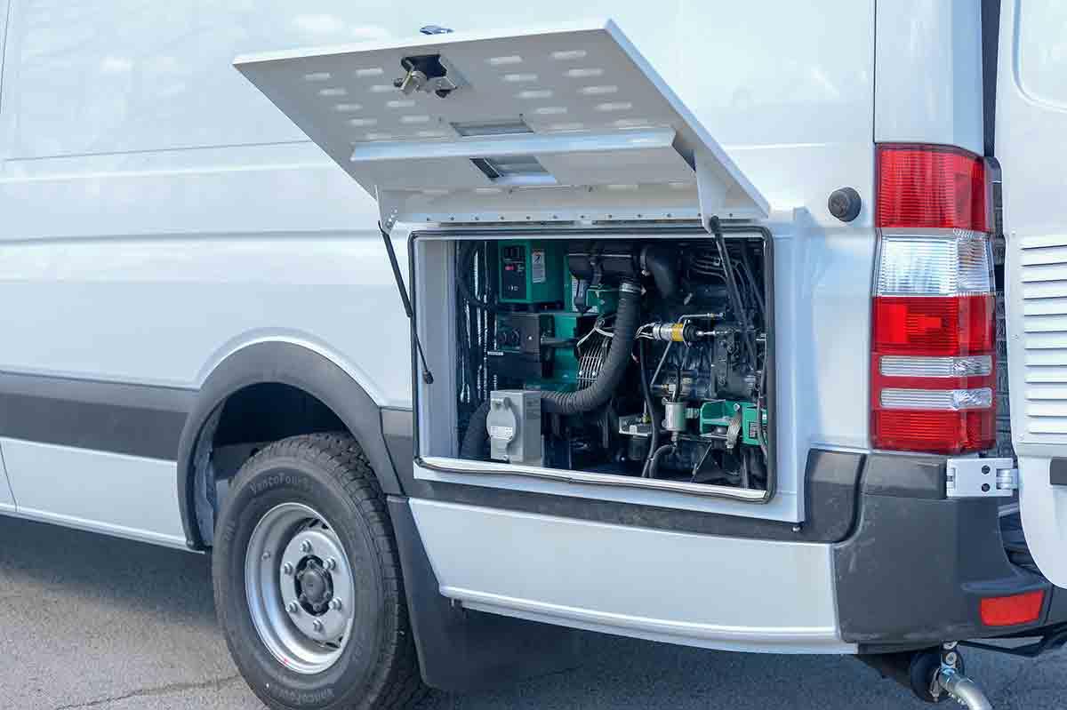 mobile tire trucks
